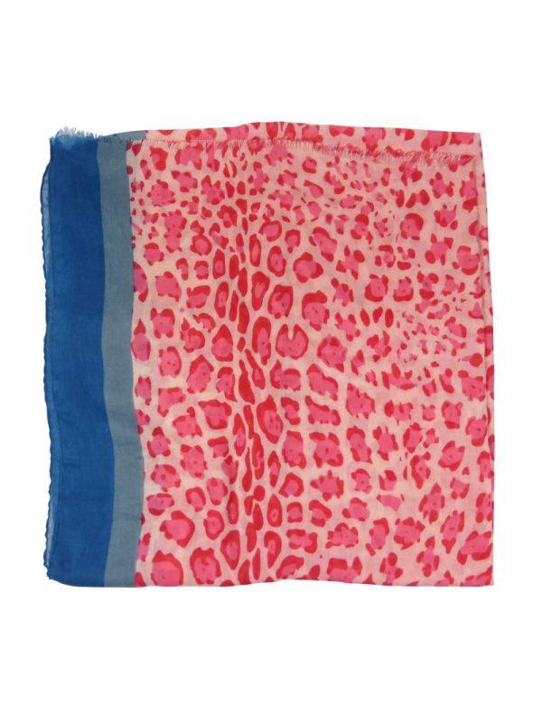 Sjaal-panterprint-roze-liggend
